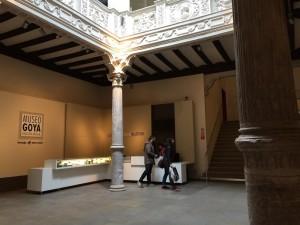 Foto 2 entrada al museo de goya por laura