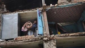 Mujer parapléjica sobrevive a la tragedia. Foto AP