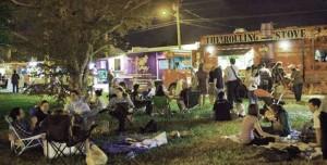 foto de La típica noche de Foodtruck en Miami.
