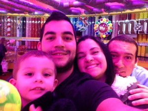 Gregorio López y su familia. El que persevere alcanza