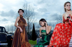 Los 70 siguen marcando pauta en la moda