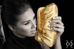 Mademoiselle: Clucht's con el sello Moschiano Couture