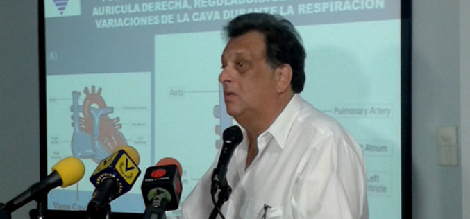 Médico venezolano coloca el catéter balón cardiovascular al servicio de la humanidad
