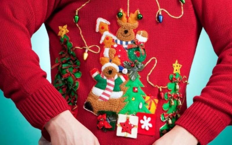 Suéteres navideños horrendos: un negocio millonario