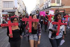 Mujeres exigen frenar y castigar los feminicidios en Puebla, México