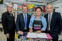 BB América y el artista Britto firman convenio
