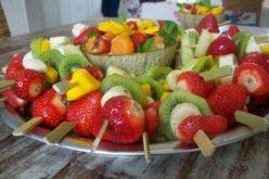 Brochetas de Frutas y Waffles
