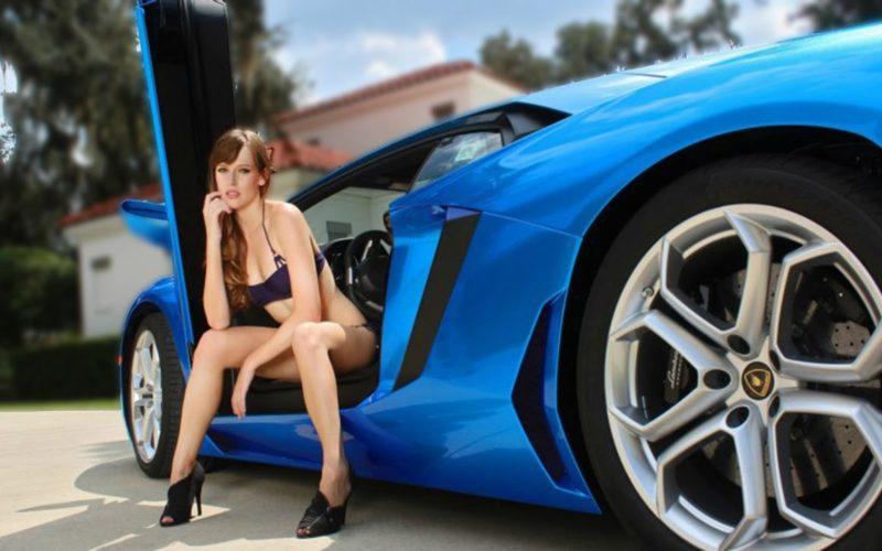 Cu les son los carros que m s le gustan a las mujeres for Coches con silla para carro