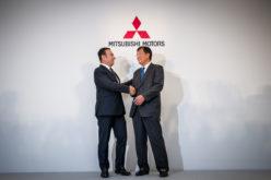 Nissan compra de Mitsubishi y toma el puesto de la tercera automotriz más grande del mundo