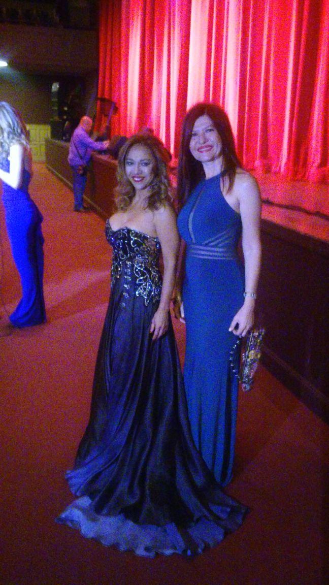 Leida Alvarez y Marybel Torres.