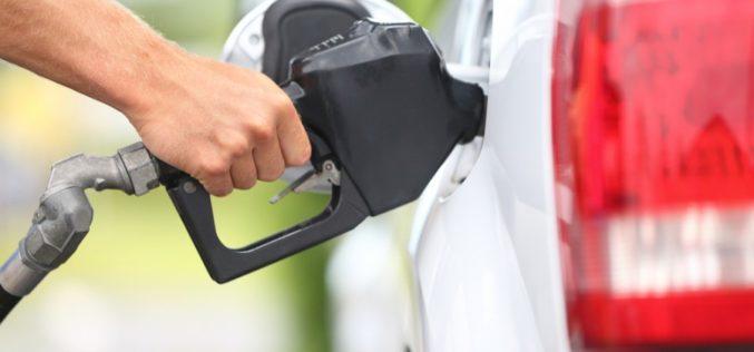 Con el 2017  llegan los nuevos impuestos para la gasolina