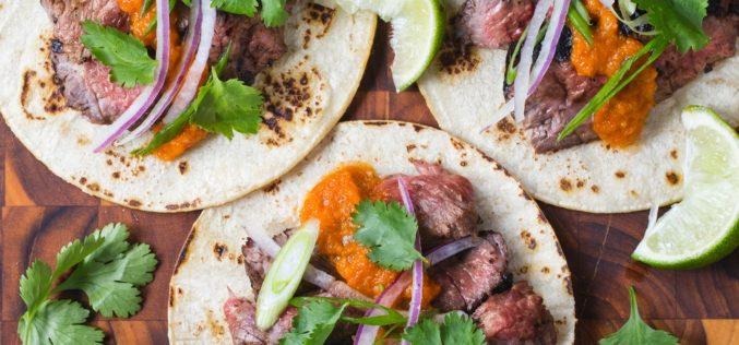 Tacos de fajita de res dulce y picante del chef Mario Batali