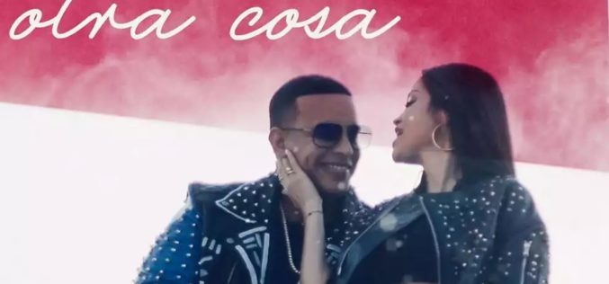 "Daddy Yankee y Natti Natasha estrenan video musical ""Otra Cosa"""