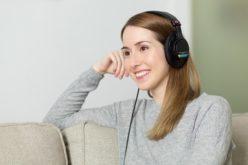 ¿Por qué los jóvenes estadounidenses sufren de sordera prematura?