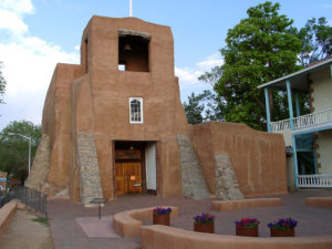 1024px-santa_fe_san_miguel_chapel