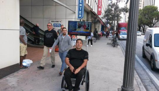 """Pedro González: """"quiero ver miles de Handinator por los Estados Unidos"""""""