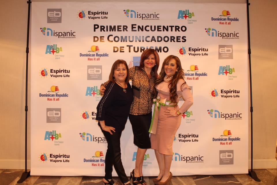 Roxana Corcuera, Marybel Torres y Marisol Casola