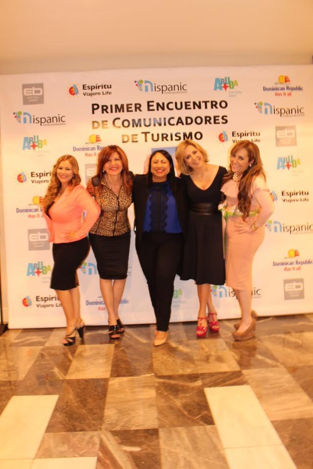 Alexa Ramírez, Marybel Torres, Yaniris Felipe, Ana Maria Canseco y Marisol Casola.