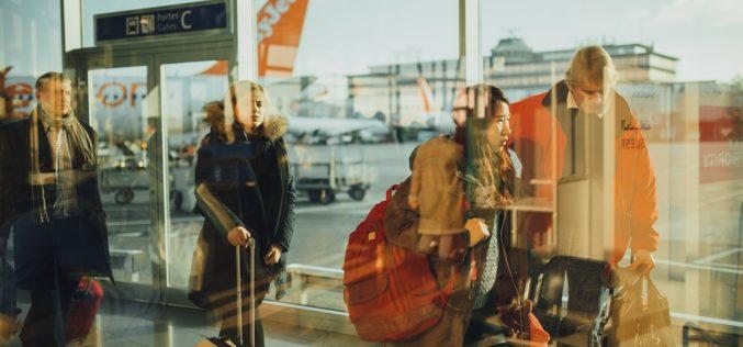 EEUU prohíbe laptops y tablets en cabina en vuelos desde ocho países