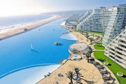 ¿Dónde está la piscina más grande del mundo?