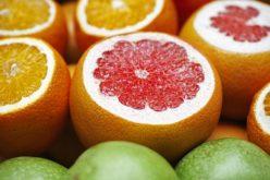 El jugo de toronja: ¿cómo debemos consumirlo con medicamentos?