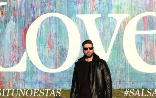 """El salsero Johnny Love promociona su sencillo """"Si tú no estás"""""""