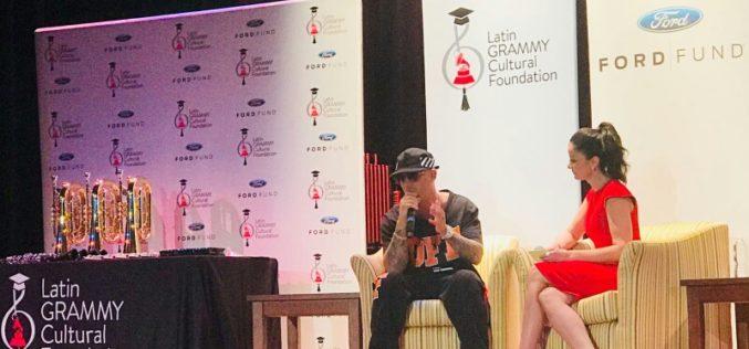 Wisin y Dayanara Torres entregaron instrumentos musicales a escuela de Miami