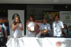 """Marybel Torres recibe reconocimiento """"Legado Hispano"""" en festival """"Bajo la Sombrilla"""""""