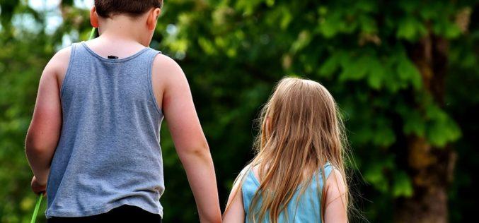 ¿Por qué los hermanos mayores no son padres?