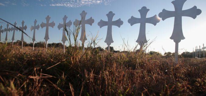 Tiroteo en Texas: ni la oración se salva de la crítica