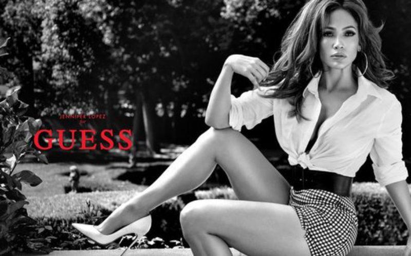 Jennifer López es el nuevo rostro de Guess Jeans