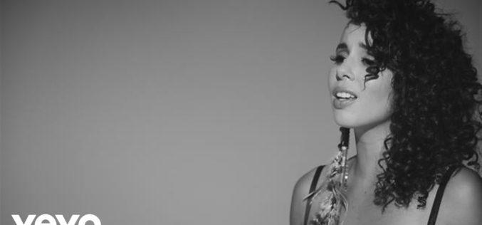 """Raquel Sofía estrena su emotivo sencillo y video """"Tenemos Historia"""""""