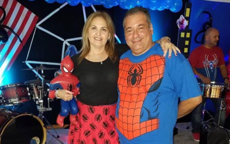 """Azalea Villalobos: """"Partykingdom destaca por sus decoraciones y servicio"""""""