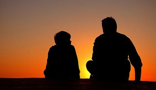 ¿Por qué la vida familiar transita tantos problemas?